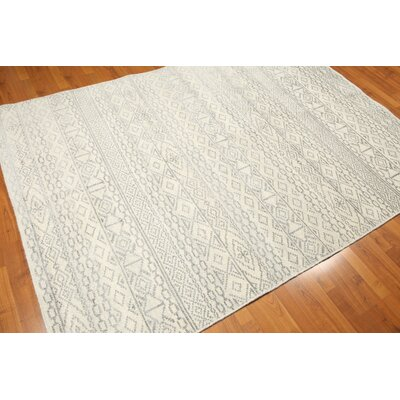 One-of-a-Kind Country Lake Hand-Knotted Ivory/Gray Area Rug