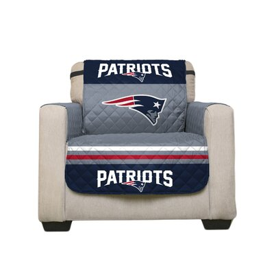NFL Armchair Slipcover NFL Team: New England Patriots