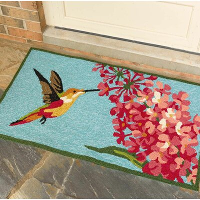 Hummingbird and Lilac Hand Hooked Blue/Pink Indoor/Outdoor Area Rug