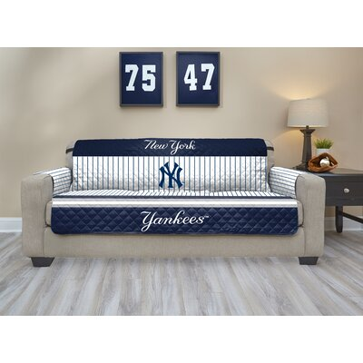MLB Sofa Slipcover MLB Team: New York Yankees, Size: Small