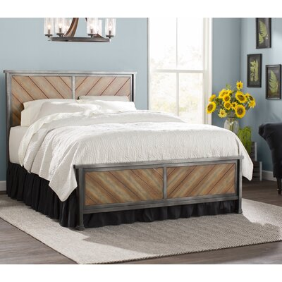 Yardley Panel Bed Size: Queen