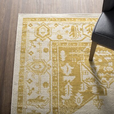 Amberly Beige/Gold Area Rug Rug Size: Rectangle 7'10