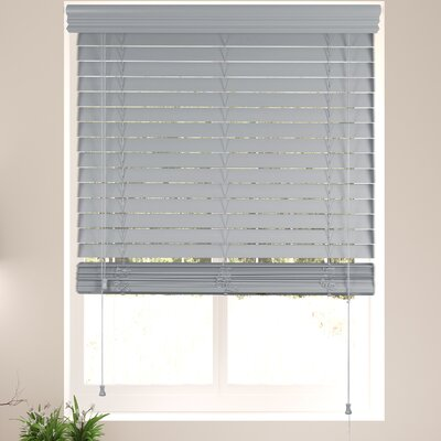 Schwager Gray Horizontal/Venetian Blind Blind Size: 28 W x 60 L