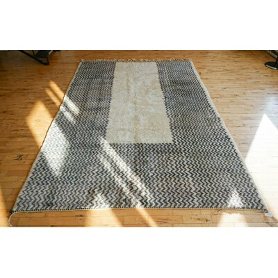 One-of-a-kind Melek Beni Ourain Hand-Woven Wool Gray/Cream Area Rug