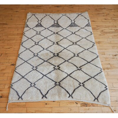 One-of-a-kind Luna Beni Ourain Hand-Woven Wool Beige/Charcoal Area Rug