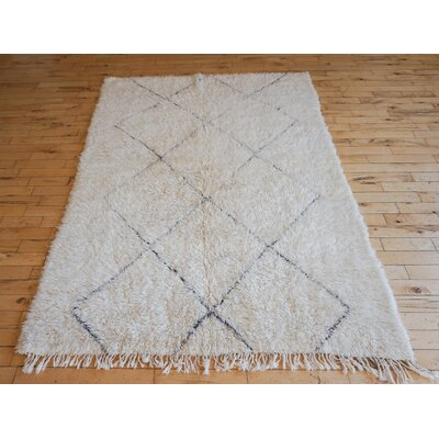 One-of-a-kind Nanou Beni Ourain Hand-Woven Cream/Gray Area Rug