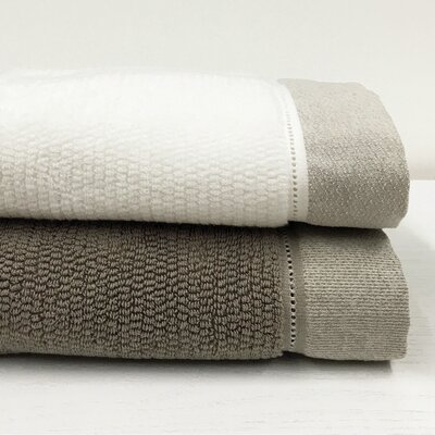 Bath Towel Color: Cream/Linen