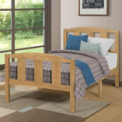 Etna Twin Platform Bed Color: Oak