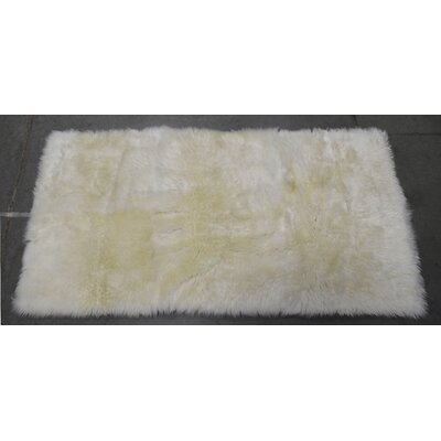 One-of-a-Kind Heiss Hand-Woven Sheepskin White Area Rug Rug Size: Rectangle  2 x 4