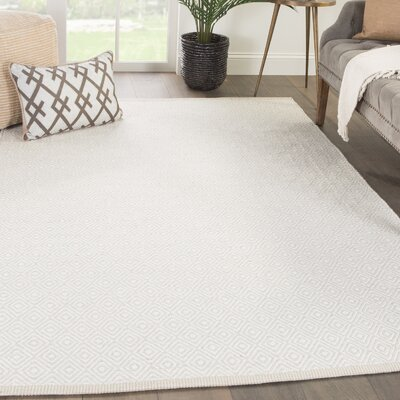 Majeski Hand-Woven Wool Marshmallow/Chateau Gray Area Rug Rug Size: Rectangle 5 x 8
