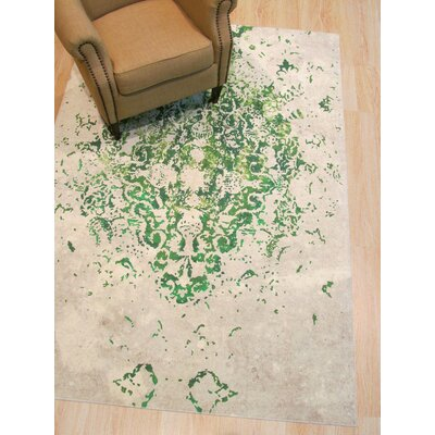 Phares Medallion Distressed Green/Ivory Area Rug Rug Size: Rectangle 53 x 76
