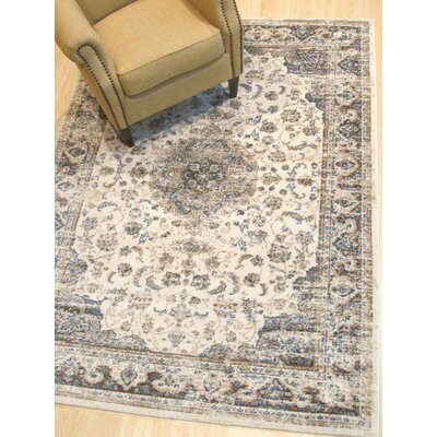 Huckabee Medallion Distressed Gray Area Rug Rug Size: Rectangle 43 x 510