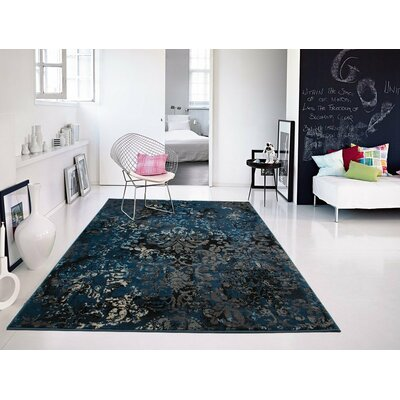 Gullickson Foyer Gray/Blue Area Rug Rug Size: Rectangle 5 x 8