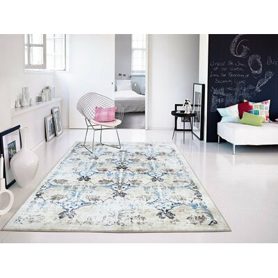 Ledbury Western Style Cream/Blue Area Rug Rug Size: Rectangle 2 x 3