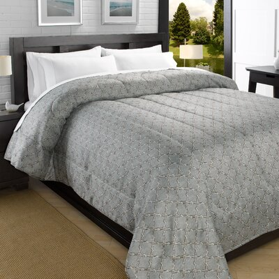 Printed Lightweight Down Alternative Comforter Size: King