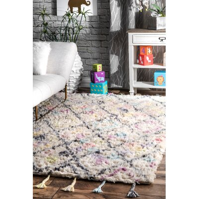 Haines Hand-Woven Wool Off-White Area Rug Rug Size: Rectangle 7 x 9