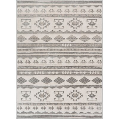 Manzi Tribal Geo Waves Light Gray/Ivory Area Rug Rug Size: Rectangle 93 x 126