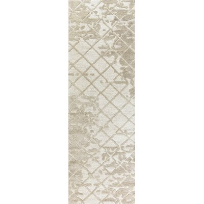 Lovelace Hand-Woven Wool Beige Area Rug Rug Size: Runner 26 x 8