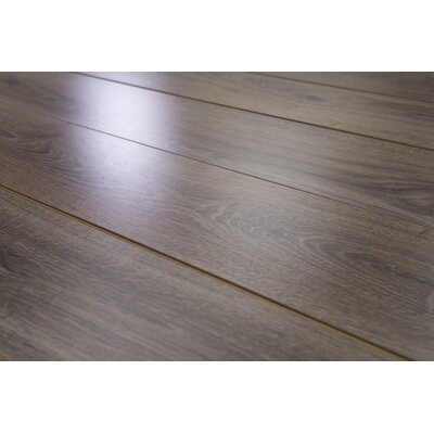 Brighton Vario 6 x 48 x 10mm Oak Laminate Flooring in Umber
