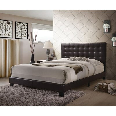Guardado Queen Upholstered Panel Bed