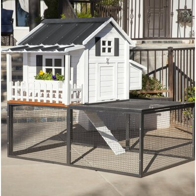 Ranch Pacific Coast Chicken Coop/House Color: Southern Charm