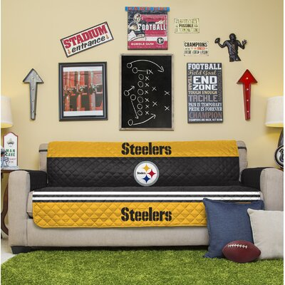 NFL Sofa Slipcover NFL Team: Pittsburgh Steelers