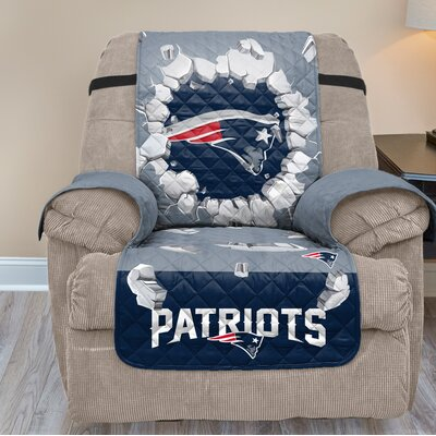 NFL Recliner Slipcover NFL Team: New England Patriots