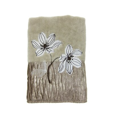 Magnolia Fingertip Towel