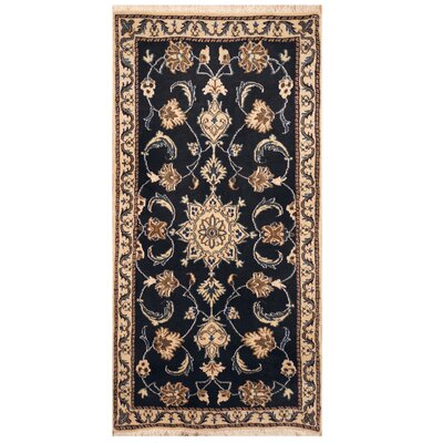 Roseman Handmade Hand-Knotted Navy/Ivory Area Rug
