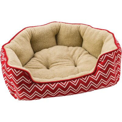 Sleep Zone Chevron Step in Scallop Bolster Dog Bed Color: Red, Size: 28 W x 19 D x 8 H