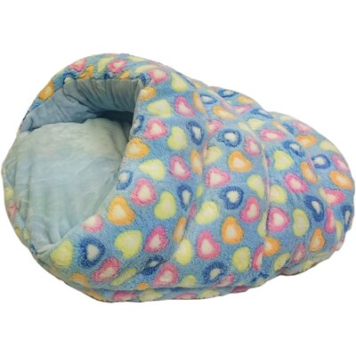 Sleep Zone Cuddle Cave Hearts Hooded Dog Bed Color: Blue