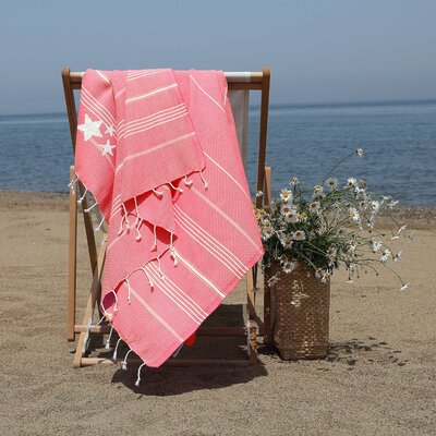 Prado Glittery Starfish Pestemal Beach Towel Color: Pretty Pink