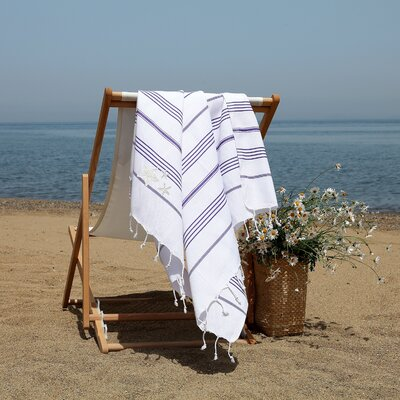 Prado Glittery Starfish Pestemal Beach Towel Color: White/Purple