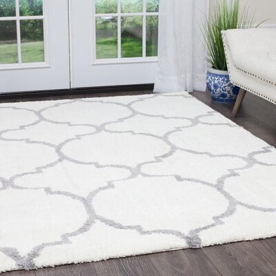 Hennings Trellis Shag Ivory/Gray Area Rug Rug Size: Rectangle 27 x 47