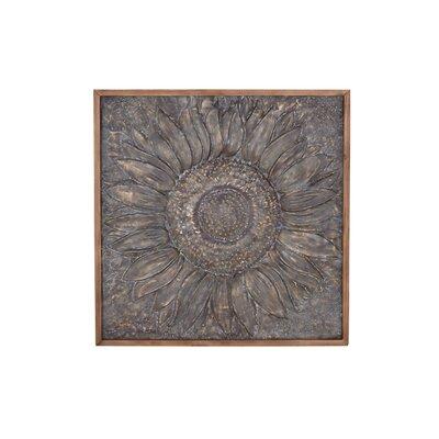 Traditional Sunburst Metal Wall Decor