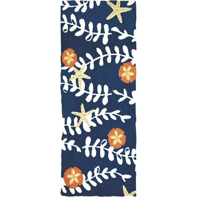 Caress Sea Vines with Sand Dollars Hand-Hooked Blue Indoor/Outdoor Area Rug Rug Size: Runner 19 x 46