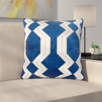 Longwood Applique Indoor/Outdoor Throw Pillow