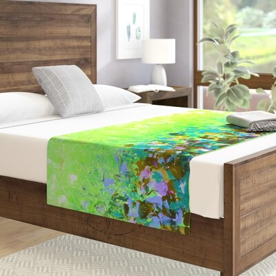 Ebi Emporium Natures Living Room Painting Bed Runner Color: Green
