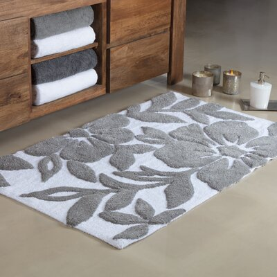 Flo Tufted Leaf Bath Rug Color: White/Gray, Size: Small