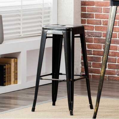 Hoehne 30.3 Bar Stool