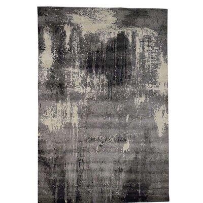 Abstract Oriental Hand-Knotted Silk Gray Area Rug