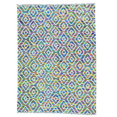 Kilim Oriental Hand-Knotted White/Green Area Rug