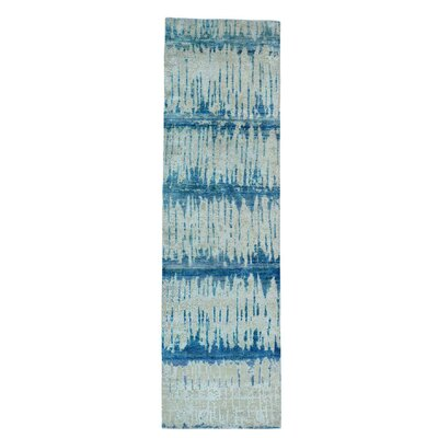 Oidized Cardiac Hand-Knotted Blue/Pink Area Rug