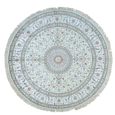 en Esfahan 250 kpsi Oriental Hand-Knotted Silk Ivory Area Rug
