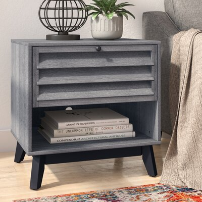 Dover End Table Color: Gray Oak