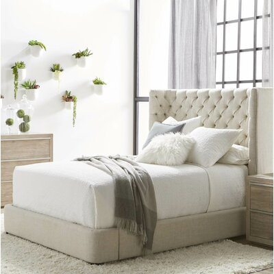 Fitzgibbon Platform Bed Size: Queen