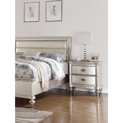Niemi 2 Drawer Nightstand
