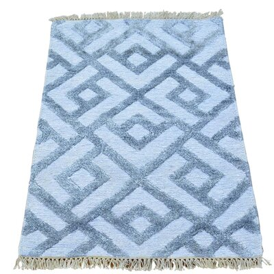 Soumak Geometric Oriental Hand-Knotted Gray Area Rug