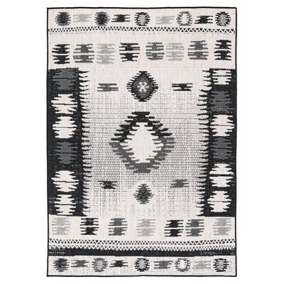 Tseng Reversible Black/Gray Indoor/Outdoor Area Rug Rug Size: Rectangle 710 x 10
