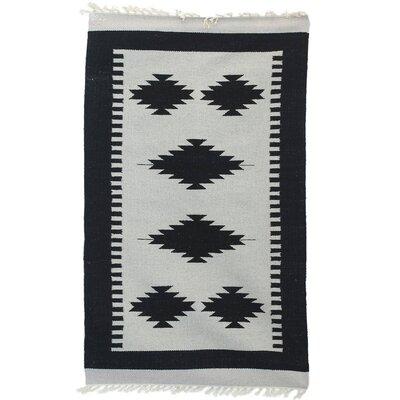 Parkville Geometric Palace Handmade Dhurrie Wool Gray/Black Area Rug